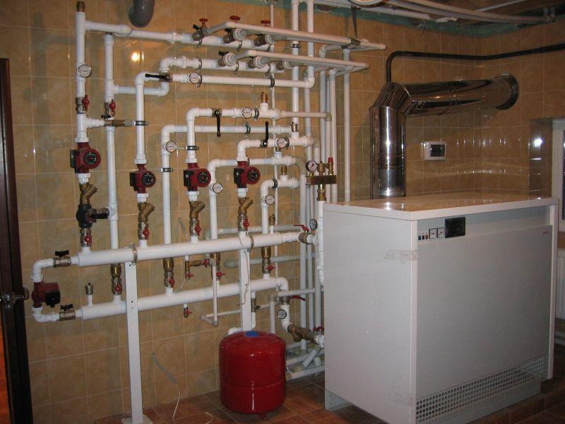 Монтаж внутренних сетей отопления